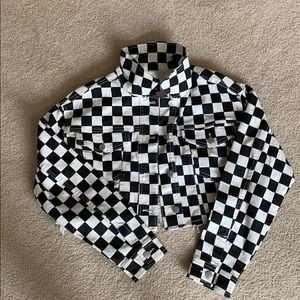 Cropped checkered jacket!!